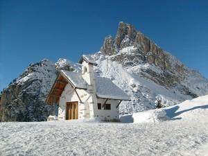 Falzarego, piccola località del Parco Naturale delle Dolomiti d'Ampezzo